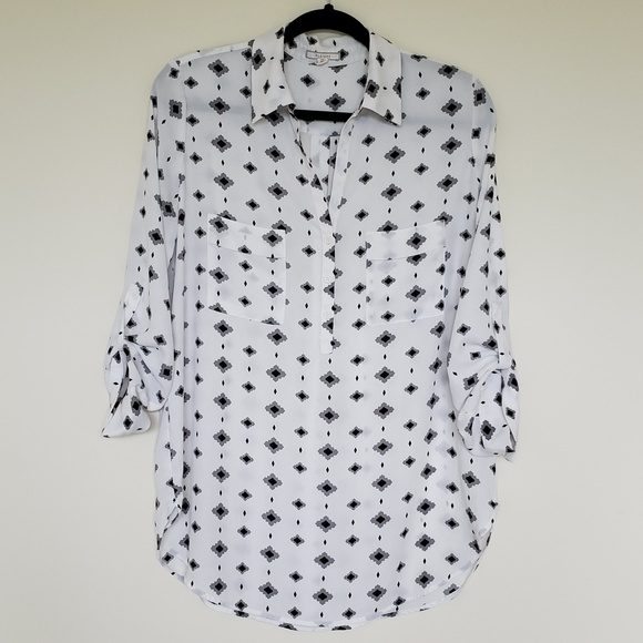 Pleione Tops - Pleione white/black graphic print blouse medium